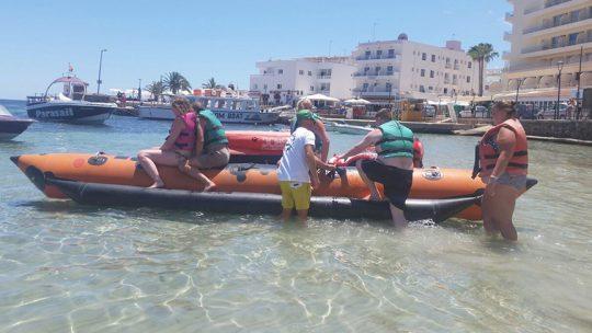 banana de ski pepe watersports en Es canar, ibiza